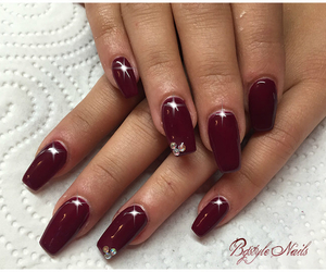 nails, instanails, and zuerich image