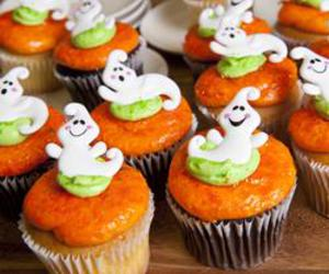 cupcakes, ghost, and Halloween image