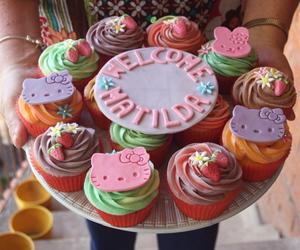 hello kitty and cupcake image