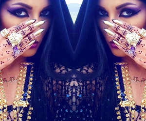 chanteuse, kurd, and henna image