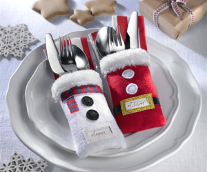 avon and christmas dinner set image
