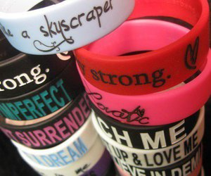 demi lovato, bracelet, and lovatic image