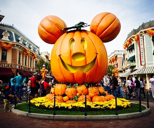 disney, Halloween, and pumpkin image