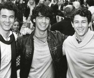 band, Joe Jonas, and nick jonas image