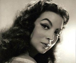 maria felix, 50's, and bella image
