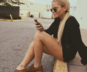 blonde, outfit, and alli simpson image
