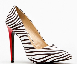 sexy shoes, sexy heels, and pointy toe heels image