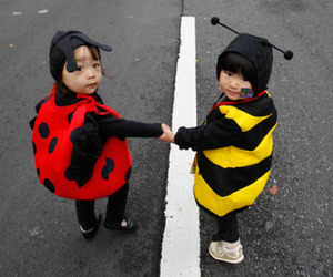 kids, cute, and bee image