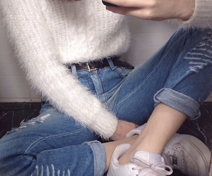grunge, pale, and jeans image