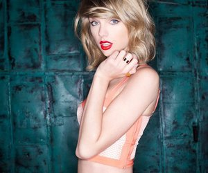 beautiful girl, red lips, and Taylor Swift image