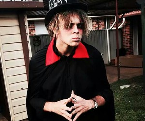 ashton, 5sos, and Halloween image