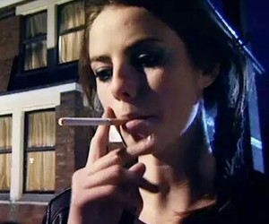 cigarette, serie, and Effy image