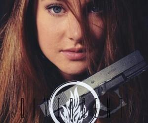 divergent, tris prior, and Shailene Woodley image