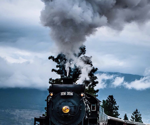steam engine and train image