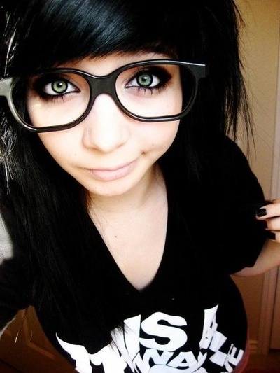 girls hair with black emo Cute