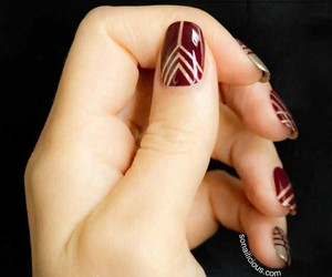 nailart and arrows burgundy image