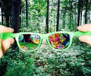 psychedelic, sunglasses, and tripping image