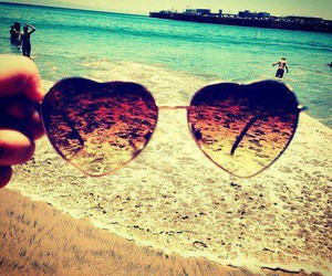 beach, glasses, and sommer image