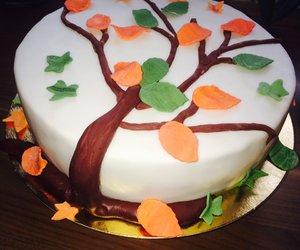 cake, fondant, and Herbst image
