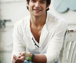 tyler posey, teen wolf, and scott mccall image