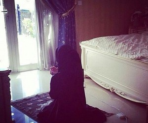 hijab, pray, and kavkaz image