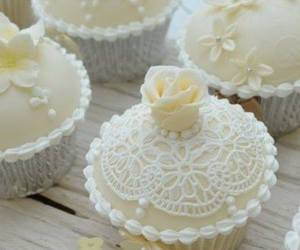 cupcake, white, and wedding image