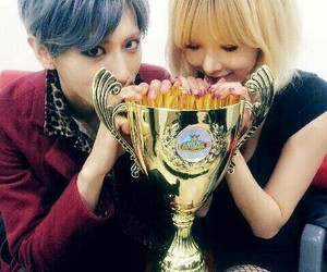 hyuna, 4minute, and troublemaker image