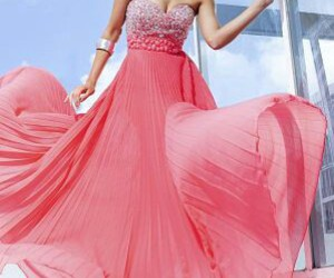 clothes, diamond, and fashionista image