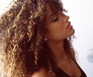curly hair, beautiful, and hair image