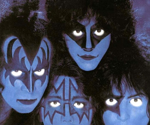 kiss and creatures of the night image