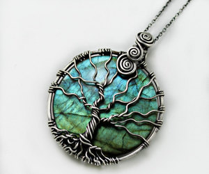 jewelry and tree image