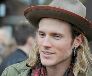 dougie poynter, McFly, and mcbusted image