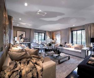 living room, sprfnk, and chntl image