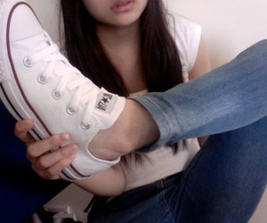 converse and pale image