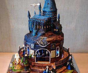 harry potter, cake, and hogwarts image