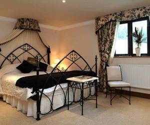 bed, gothic, and bedroom image