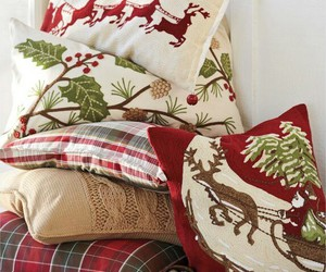 christmas, cozy, and cushions image