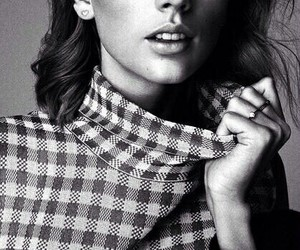 Taylor Swift, Swift, and black and white image