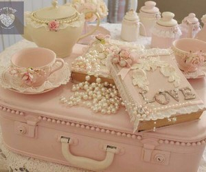 girly, pink, and prettypinkthings image