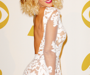 beyoncé, dress, and grammys image