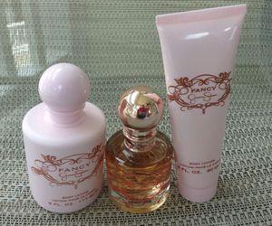 jessica and perfume image