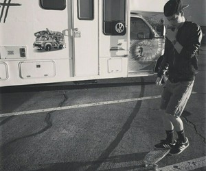 taylor caniff, boy, and skate image