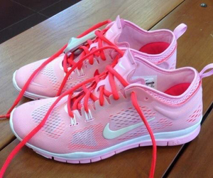 nike, pink, and faschion image
