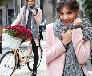 fashion blogger, ootd, and larisa costea image