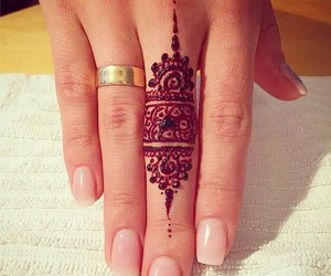 finger, henna, and nails image