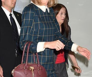 japan, taylor, and Taylor Swift image