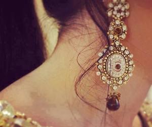 earring image