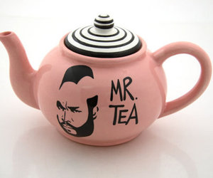 mr and tea image