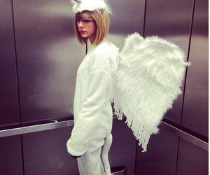 Taylor Swift, unicorn, and Halloween image