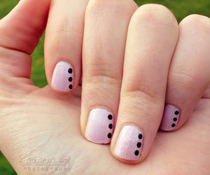 dotts, nail art, and nail varnish image